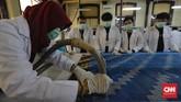 Tekstil sebagai produk budaya perlu lestari. Beragam perawatan perlu dilakukan untuk menjaganya dari kerusakan.
