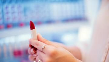 Weekend Seru, Saatnya Berburu Diskon Makeup Hingga 70 Persen