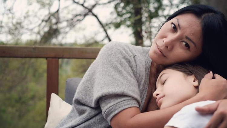 Kado Puisi Romantis untuk Anggun C Sasmi dari Putrinya, Kirana