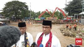 Anies Sebut Banjir Jakarta Tak Terkait Normalisasi Ciliwung