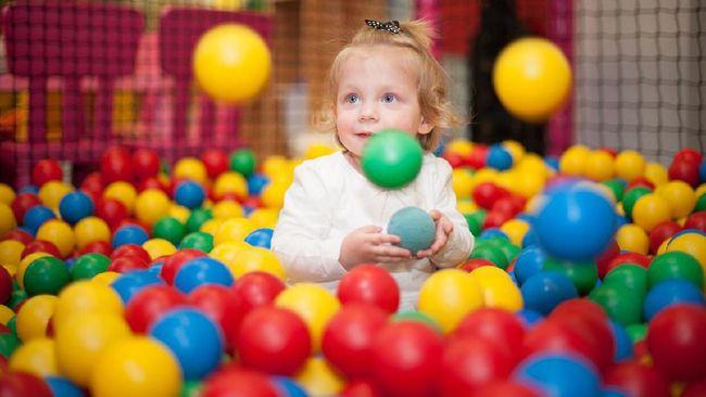Studi menemukan bahwa kolam bola anak penuh dengan bakteri berbahaya yang di antaranya menyebabkan meningitis dan pneumonia.