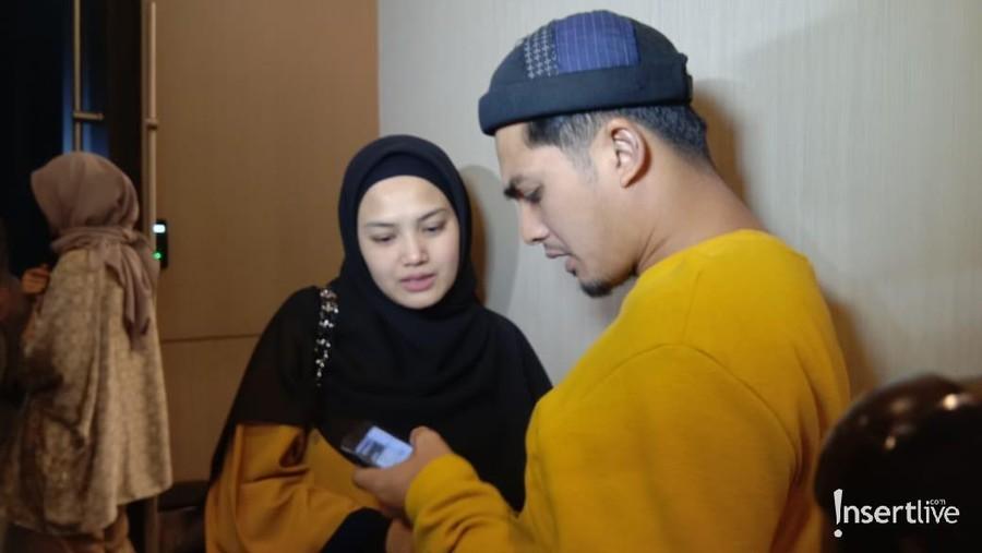 Belum Setahun Lahiran Anak Ketiga, Istri Ricky Harun Hamil Lagi