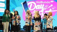 """<div dir=""""auto"""" style=""""font-family: sans-serif; font-size: 12.8px;"""">Rangkaian acara di HaiBunda's Day Out di antaranya lomba merangkak, lomba Baby Shark Dance, lomba bernyanyi. Serta live music dari beberapa mantan penyanyi cilik dengan membawakan lagu anak. (Foto: Yuni Ayu Amida)</div><div dir=""""auto"""" style=""""font-family: sans-serif; font-size: 12.8px;""""></div>"""