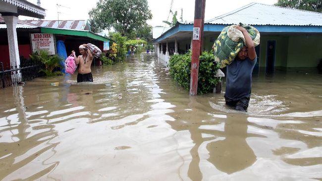 BNPB menyebut jumlah korban banjir terbanyak berada di Kabupaten Bengkulu Tengah, 24 orang, dan tiga lainnya masing-masing di Kota Bengkulu dan Kepahiang.