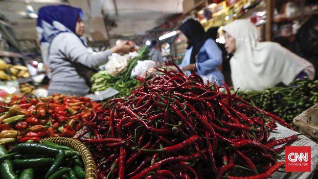 Kenaikan harga tertinggi terjadi pada komoditas cabai rawit merah yang mencapai Rp3.900 per kg menjadi Rp63.150 per kg.