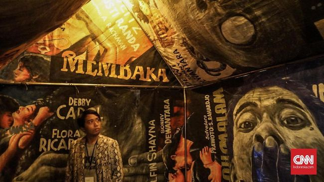 'Dunia dalam Berita,' siaran televisi yang sangat populer di era Orde Baru, kini menjadi tajuk pameran seni terbaru Museum MACAN Jakarta.