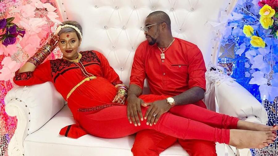 Kimmy Jayanti dan Suami Rayakan 7 Bulanan Ala India