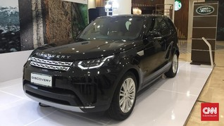 Dua Mobil Land Rover Goda Konsumen Berkocek Tebal