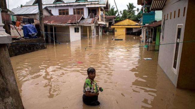 Manado Banjir Tanah Longsor