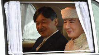 Kaisar Jepang Sesali Kekejaman Militer hingga Bule Berkebaya