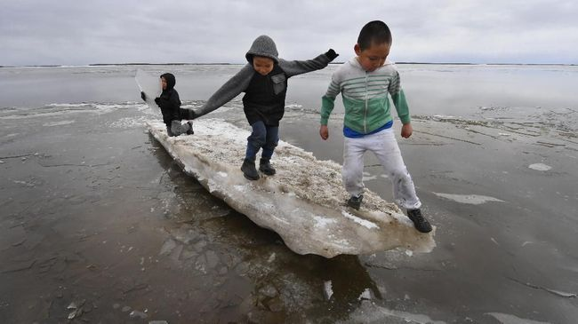 Perubahan iklim membuat sekelompok orang enggan memiliki keturunan.