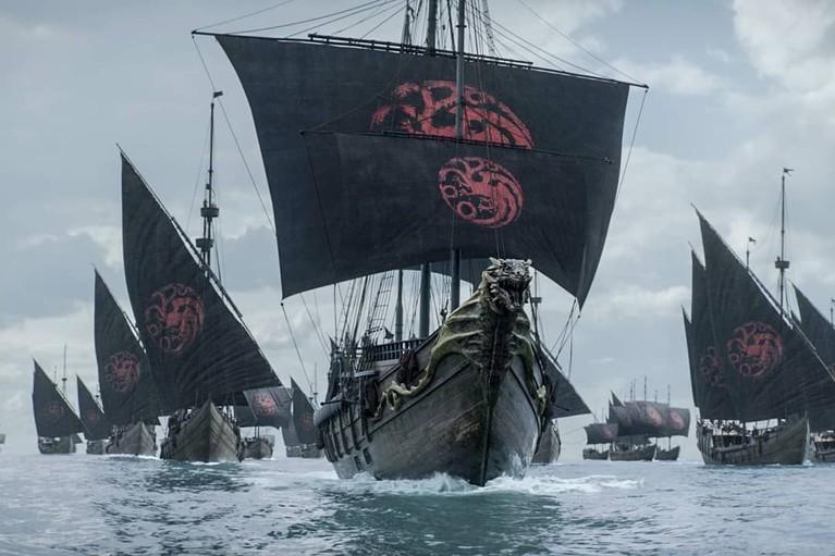 Setelah memenangkan Great War, perjalanan Deanerys Targeryen dkk akan dilanjutkan menuju Westeros, King's Landing.
