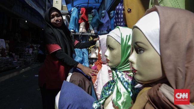 Menkop UKM Teten Masduki mengatakan sertifikasi halal yang diatur dalam Omnibus Law UU Cipta Kerja dapat mendongkrak omzet UMK hingga 8,53 persen.