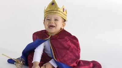 Unik! 30 Nama Bayi Laki-laki Bermakna Raja