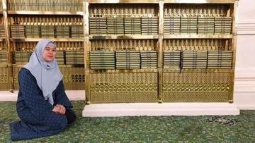 Potret Puan Maharani Ziarah ke Makam Nabi Muhammad Jelang Ramadan