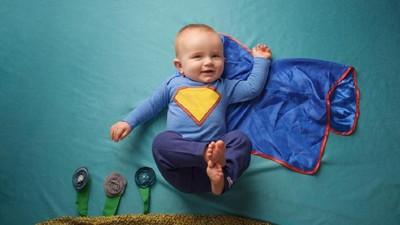 20 Inspirasi Nama Bayi dari Tokoh Superhero