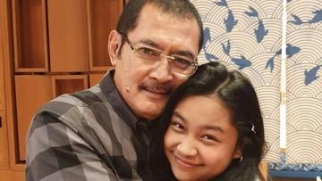 7 Potret Kedekatan Bambang Trihatmodjo dengan Putri Bungsunya