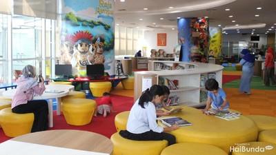Serunya Quality Time Bareng Anak di Perpustakaan Nasional