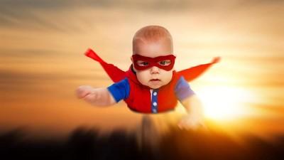 15 Inspirasi Nama Bayi dari Karakter DC Comics