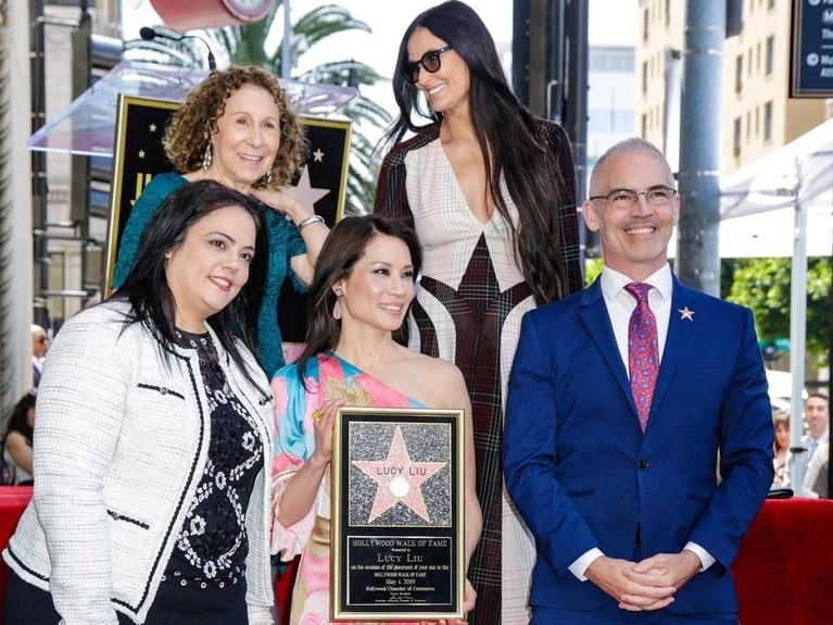 Nama Lucy Liu diabadikan di lantai Hollywood Walk Of Fame di Hollywood, Amerika Serikat.