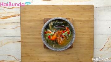 Menu Sahur: Sup Rumput Laut Hangatkan Makan Bersama Keluarga