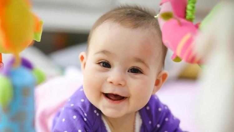 Berikut 50 nama bayi yang populer di negara-negara Eropa Timur. Unik dan indah, Bun.