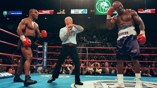 Rencana Duel Mike Tyson vs Holyfield Makin Ruwet