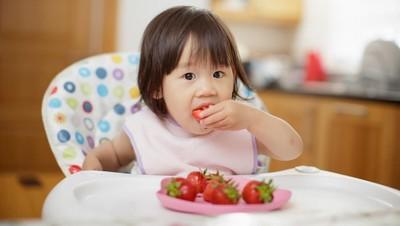 Buah dengan Nutrisi Terbaik untuk Si Kecil