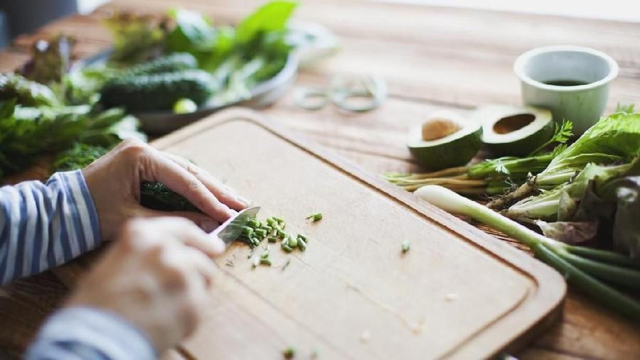 Manfaat Pakai Bumbu Dapur Berupa Daun-daunan untuk Masakan Bunda