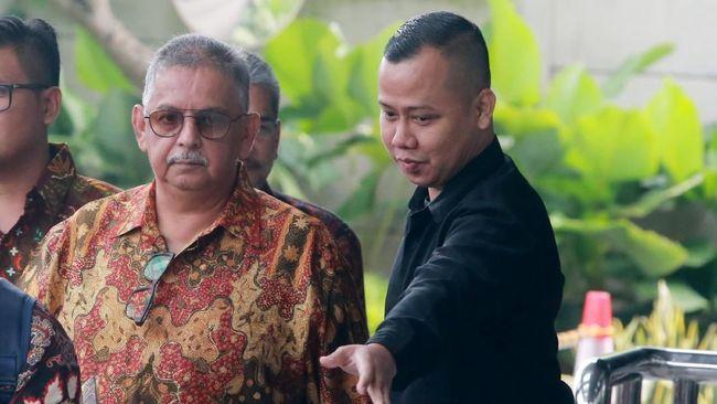 KPK dijadwalkan memeriksa sejumlah petinggi PLN sebagai saksi untuk tersangka suap proyek PLTU Riau-1, Sofyan Basir.