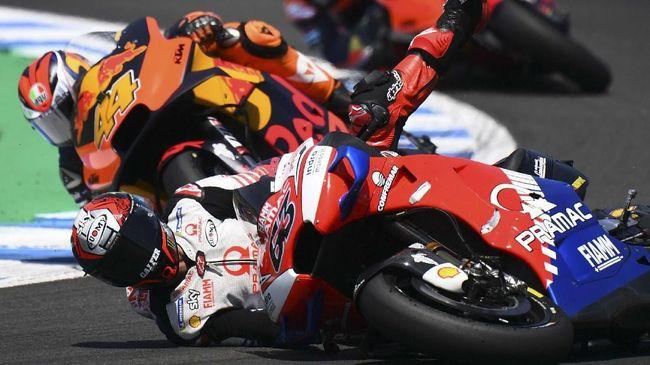 Pembalap Pramac Francesco Bagnaia akan menjalani operasi tulang tibia di Italia usai kecelakaan dalam FP1 MotoGP Ceko 2020.