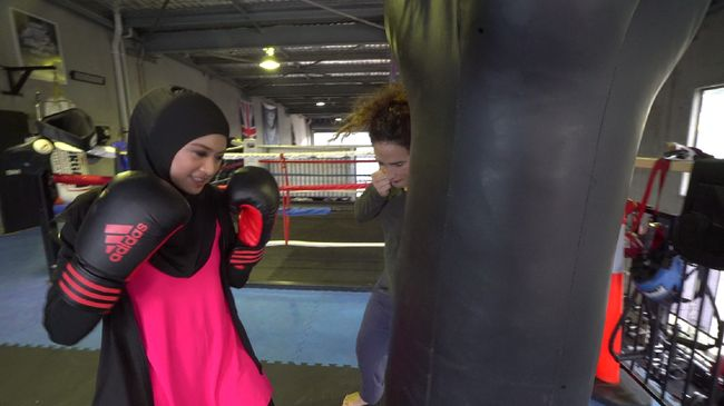 Penduduk Australia dikenal sebagai penggemar berat olahraga, sehingga hal ini membuat umat muslim di negeri kangguru terpacu untuk bugar.
