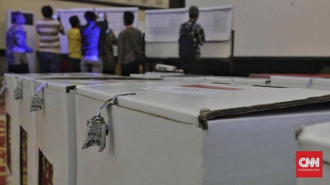 Enam partai yang menolak yaitu Gerindra, Hanura, Berkarya, Golkar, PKB, dan PPP.