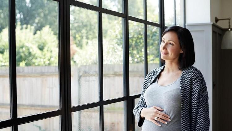 Berikut ini 6 tips berpuasa untuk ibu hamil yang bisa jadi panduan agar puasa berjalan lancar.