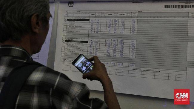 KPU mengatakan data pihaknya sudah digunakan berbagai kementerian untuk program masing-masing.