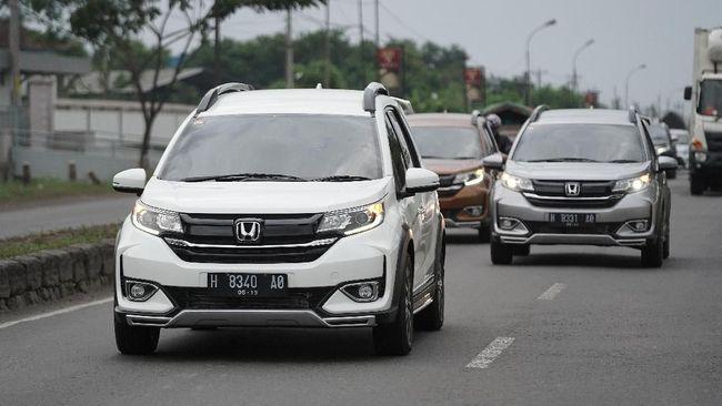 Honda Prospect Motor sedang menunggu keputusan prinsipal menentukan pasokan BR-V untuk Filipina, bila terpilih jadi maka harus dibuat versi setir kiri.