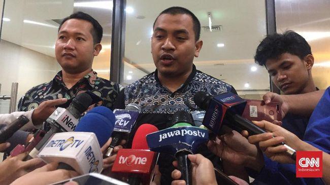 FPI menyebut pihaknya tak terlibat dalam fenomena azan seruan jihad yang beredar di media sosial dan menyatakan itu sebagai aspirasi umat.