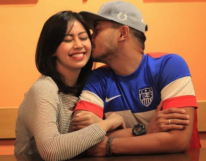 Sedang diterpa isu perselingkuhan, begini momen kebersamaan Yama Carlos dan istri saat masih mesra.