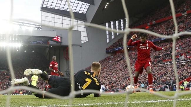 Liverpool melangkah ke final setelah mengalahkan Barcelona 4-0 (4-3) pada leg kedua semifinal Liga Champions di Stadion Anfield, Selasa (7/5) waktu setempat.