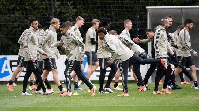 Ajax Amsterdam dan Tottenham Hotspur dalam kondisi terbaik usai menjalani latihan terakhir jelang leg kedua semifinal Liga Champions.