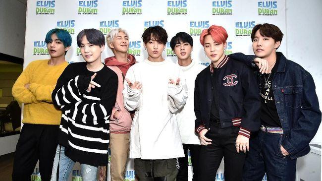 Bangtan Boys alias BTS mengumumkan deretan tur Map of the Soul Tour yang akan mereka jalani 2020 mendatang di Korea, Jepang, Amerika Utara, dan Eropa.