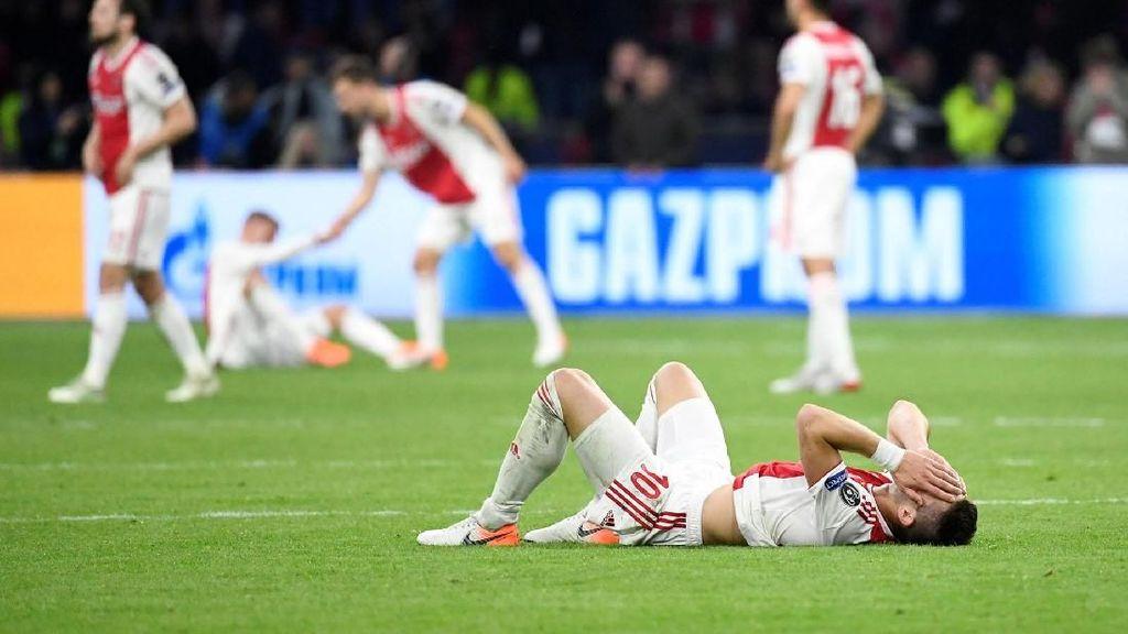 Ajax Dicibir Mourinho dan Van Gaal