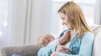 Manfaat Menyusui Bayi Lebih dari 6 Bulan