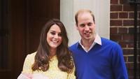 <p>Setelah melahirkan Putri Charlotte, Kate Middleton dan Pangeran William menggelar jumpa pers di depan rumah sakit. Saat itu Kate mengenakan gaun <em>lemon-yellow buttercup</em> masih rancangan desainer favoritnya, Jenny Packham. (Foto: Instagram @kensingtonroyal)<br /><br /></p>