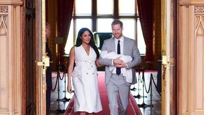 9 Potret Gaya Busana Keluarga Kerajaan Inggris Usai Melahirkan