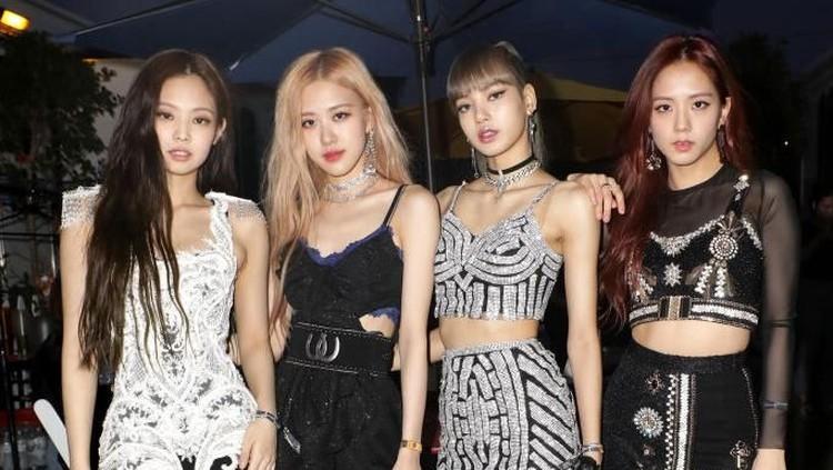 Ternyata member Blackpink yang terdiri dari Jisoo, Jennie, Rose, dan Lisa, punya rahasia membuat tubuh mereka ramping lho, Bunda. Bikin penasaran enggak sih?
