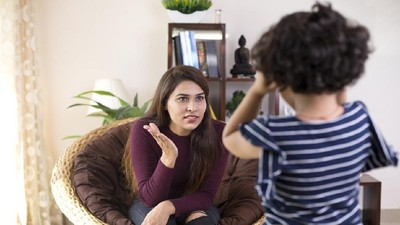 Sering Ngomel ke Anak Tanda Bunda dan Ayah Gampang Emosi?