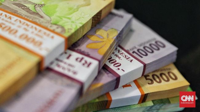 Menkeu Sri Mulyani menaikkan anggaran pemulihan ekonomi nasional 2021 dari Rp627,9 triliun jadi Rp699,43 triliun.