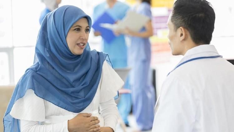 Bunda sedang hamil dan ingin puasa Ramadhan? Ketahui waktu-waktu terbaiknya dulu yuk.