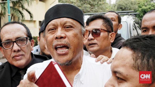 Fadli Zon menilai langkah penahanan Eggi janggal, dan terkesan ada kerja sama antara pelapor dengan penyidik kepolisian.